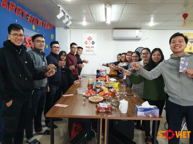 Đội ngũ nhân viên Seo Việt